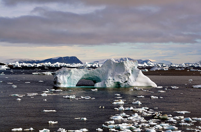 Icebergs around Cape York,Greenland. : Credit: Mila Zinkova via Wikimedia Commons.