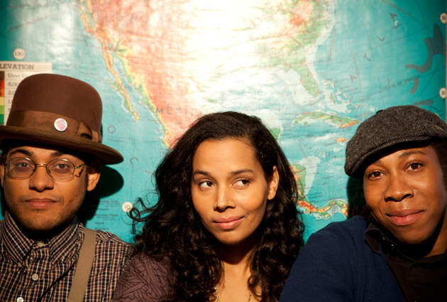 From left: Dom Flemons, Rhiannon Giddens, Hubby Jenkins: Crackerfarm