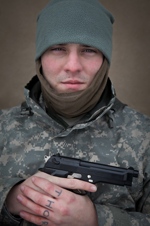 """Pfc. Lee Pray vows he'll fight to the death if a rogue US government """"forces us to engage."""""""