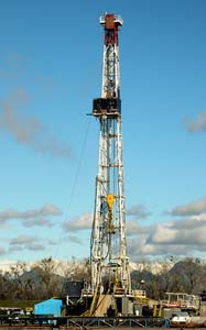 Gas well drilling in Sutter or Colusa County, California: CalWest/Flickr
