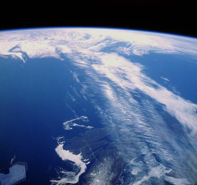 Northern hemisphere jet stream over Canada: NASA